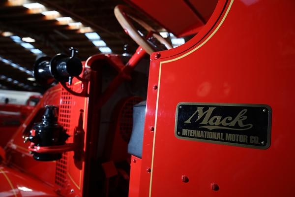 The First Mack Bulldog: Restoration Gallery - The Ignition